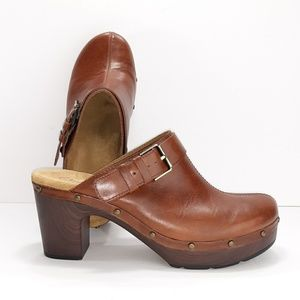 Clarks Artisan Leather Clogs
